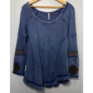 FREE PEOPLE Blue Distressed Embroidered Thermal